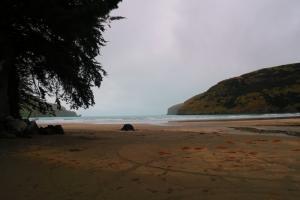 Le Bons Bay